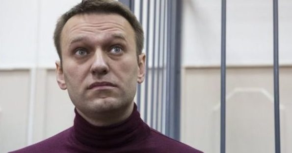 Putin rival Navalny detained ahead of election