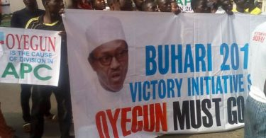 Oyegun must go'' protest persists as group storms APC nat'l hqtrs again