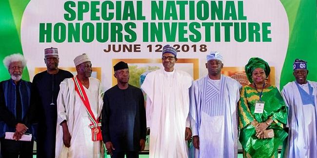 2019: Tinubu pledges allegiance to Buhari, as president explains why he gave Abiola Nat'l award