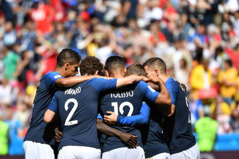 France down Australia 2-1 in Group C