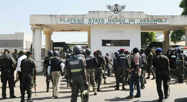 Plateau Assembly Speaker, Majority Leader impeached, replaced