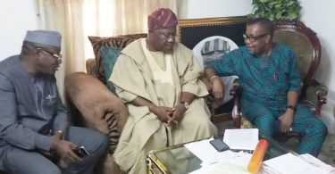 Like PDP, APC sends delegation to Omisore as battle for Osun peaks