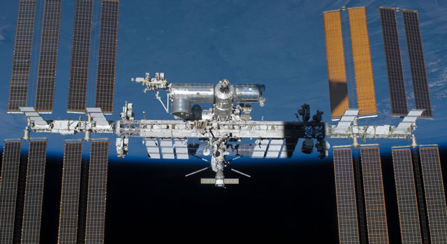 Russia reacts angrily to reports of hole drilled on space station
