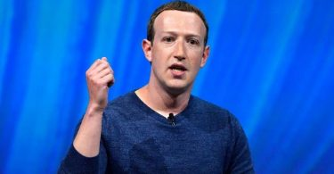 Zuckerberg fiercely defends Facebook over misconduct, media leaks investigation