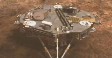 NASA lands on Mars, claims to have spotted 'alien city'