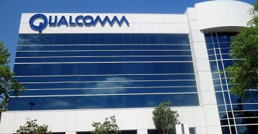 Qualcomm seeks to ban sales of Apple phones in China