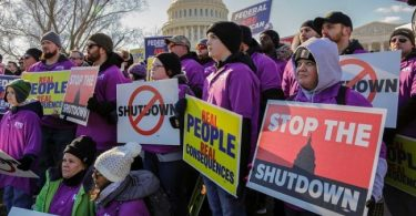 Tension swells as Trump rejects proposal to reopen govt after shutdown