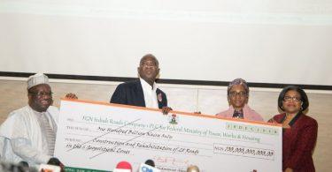 Fashola defends FG's heavy borrowing, says it's necessary