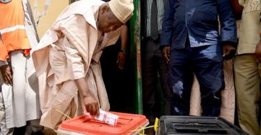 KANO: Supporters of PDP's Yusuf celebrate early lead against APC's Ganduje