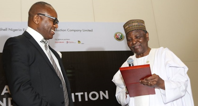 Kachikwu backs IMF, speaks in favor of fuel subsidy removal