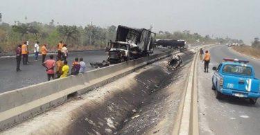 NNPC gas pipeline explodes on Lagos-Ibadan Expressway