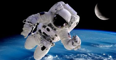 Now is a great time to leave Earth, NASA tells space travelers