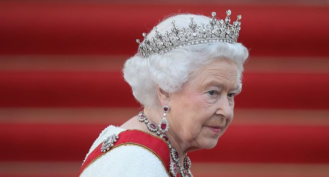 Queen Elizabeth cancels birthday gun salute due to coronavirus