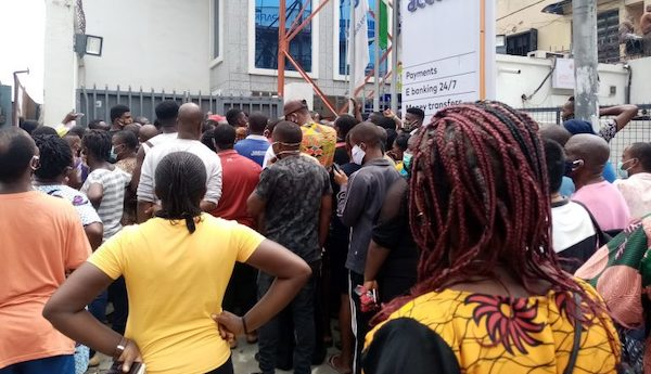 How Nigerians defied govt's directives on first day of COVID-19 lockdown  ease (Videos)   Ripples Nigeria