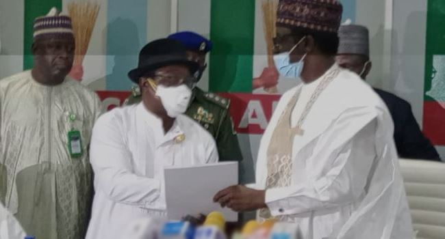 JUST IN... APC: Giadom hands over to caretaker committee chairman, Gov Buni