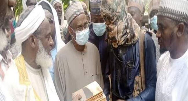 Sheikh Gumi reportedly meets kidnappers of Kagara students, pledges return of schoolchildren