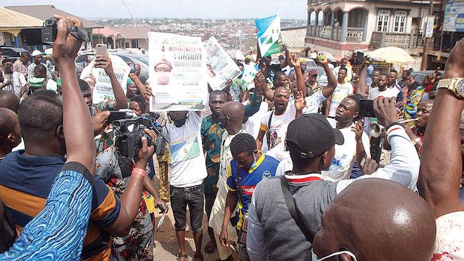 Ogun police clash with Yoruba Nation agitators, arrest 11 | Ripples Nigeria